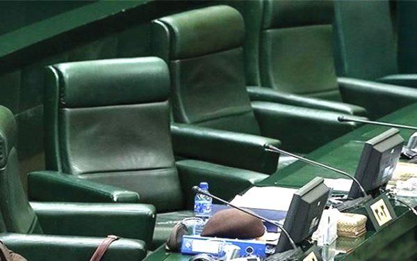 حوزه انتخابیه چناران و بینالود؛ یک صندلی، 48 داوطلب