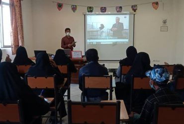 برگزاری کلاس آموزشی ترویجی نوغانداری در شهرستان چناران